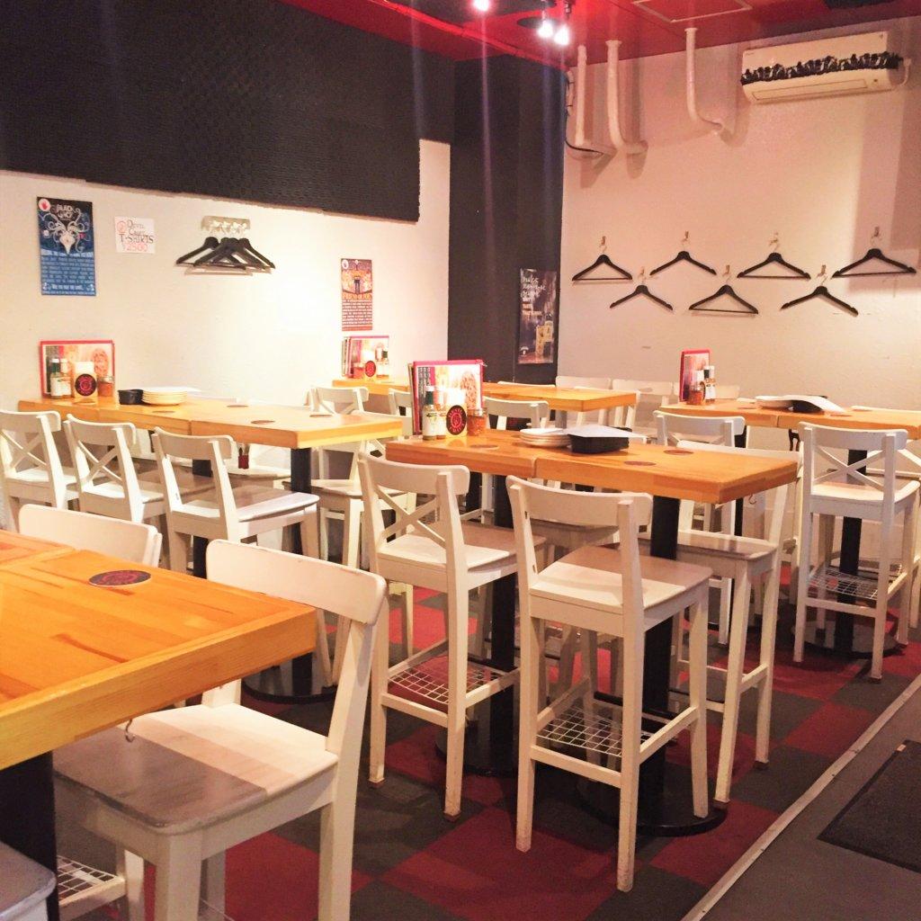 「デビルクラフト浜松町店」の店内 おしゃれな雰囲気