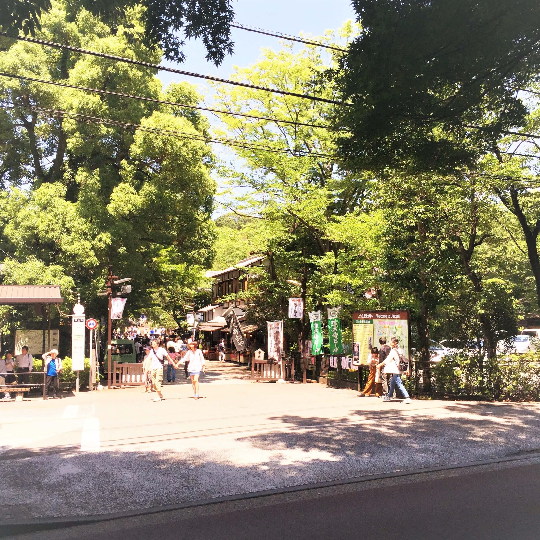 深大寺に向かう道