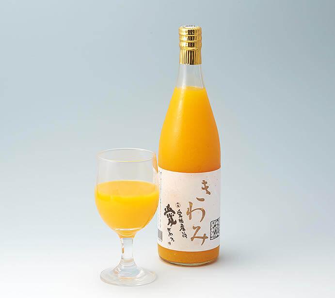 新橋の「せとうち旬彩館」で販売している愛媛県のみかんジュース きわみ。出典:せとうち旬彩館公式サイトより
