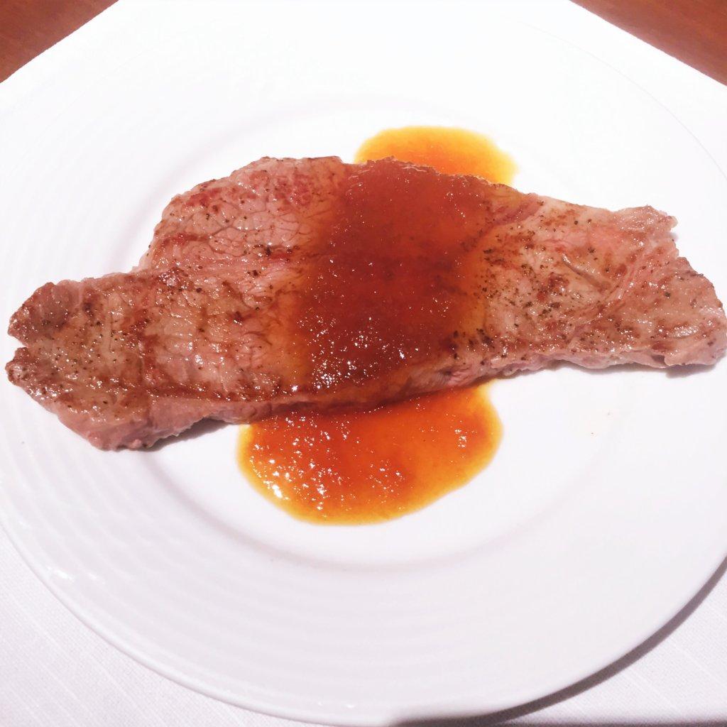 コートヤード・マリオット銀座東武ホテル「フィオーレ」のNYグリル&ブッフェのディナータイムのビーフステーキ