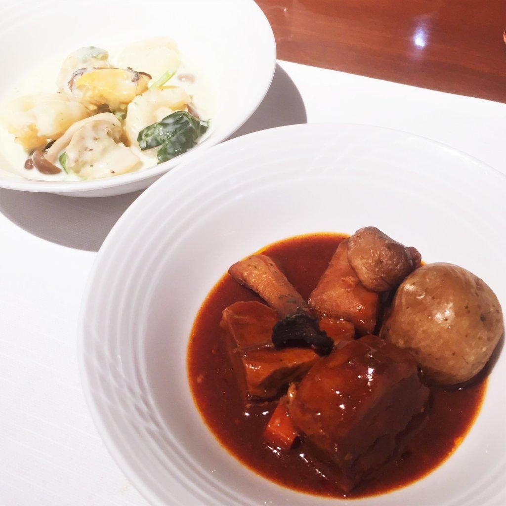 コートヤード・マリオット銀座東武ホテル「フィオーレ」のNYグリル&ブッフェのディナータイムのビーフシチュー