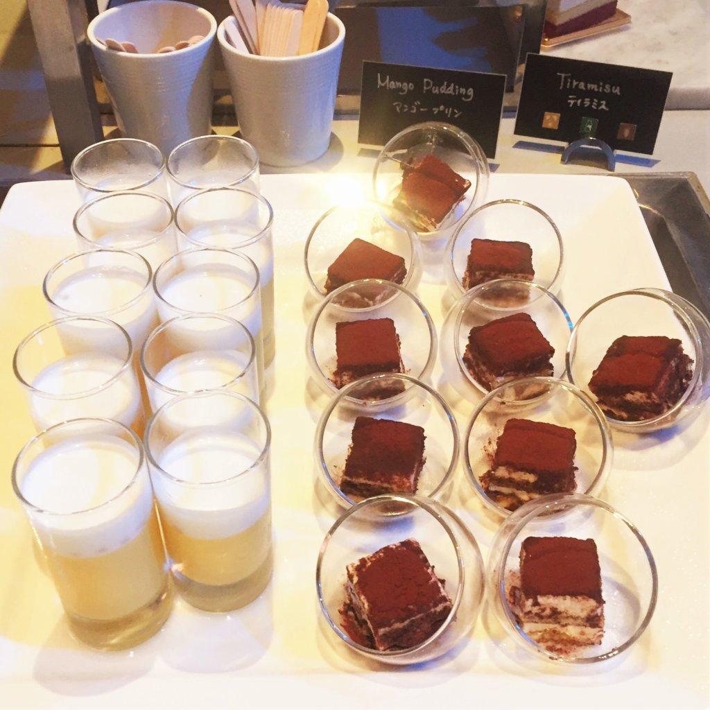 コートヤード・マリオット銀座東武ホテル「フィオーレ」のNYグリル&ブッフェのディナータイムのデザート