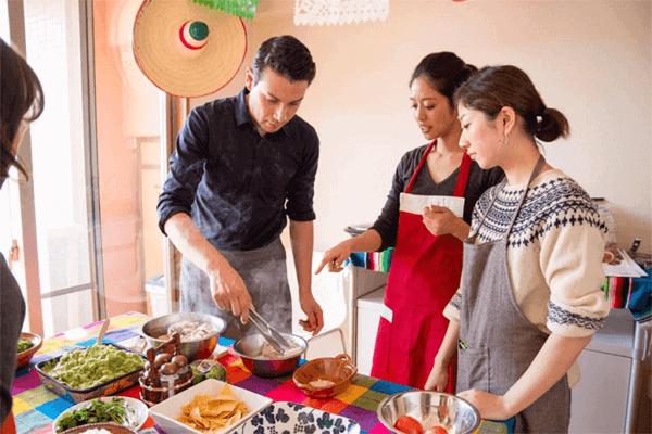 Tadaku(タダク)の料理教室イメージ写真☆Tadaku公式サイトより引用:  https://www.tadaku.com/