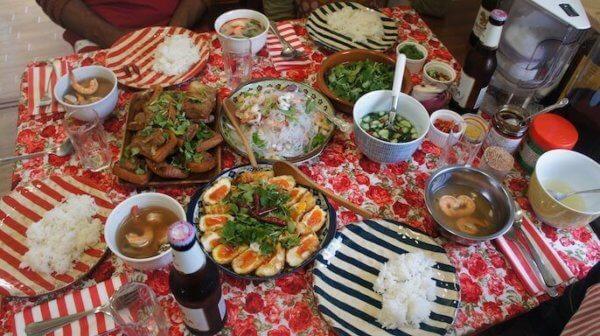 Tadaku(タダク)の料理教室イメージ写真☆様々な国の家庭料理を学ぶことができます♪Tadaku公式サイトより引用:  https://www.tadaku.com/