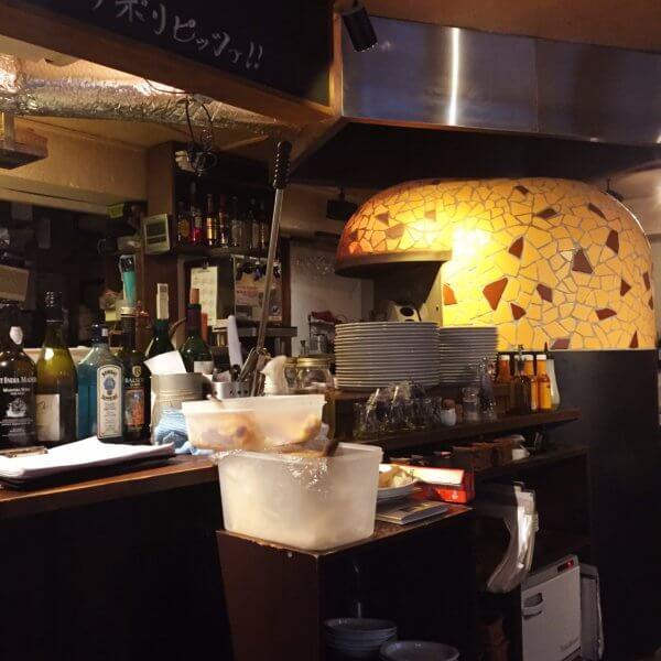 新橋「Pizzeria Bar Trico」のピザ窯