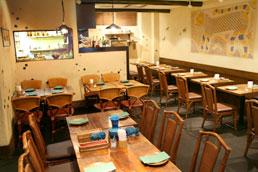 銀座北インド料理専門店「グルガオン」の店内(公式サイトより引用:http://dhabaindia.com/gurgaon/)